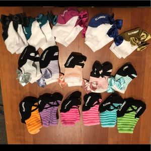 Set of 16 Trumpette socks.